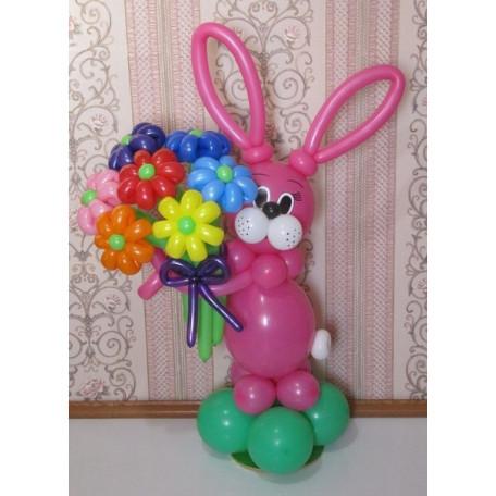 Фигура ''Зайчик с цветами''